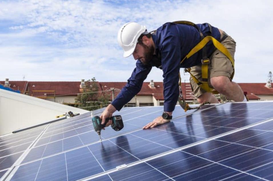 Solar Panel Installation Benrook TX